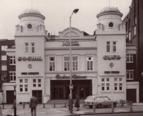 Photograph of cinema (exterior)