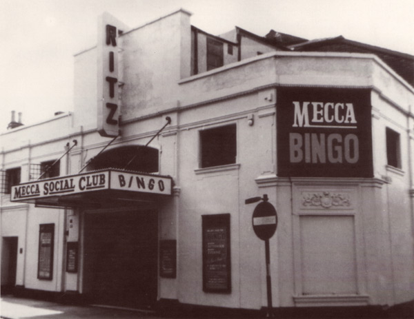 A photo of the Mecca Social Club in Gloucester in 1975